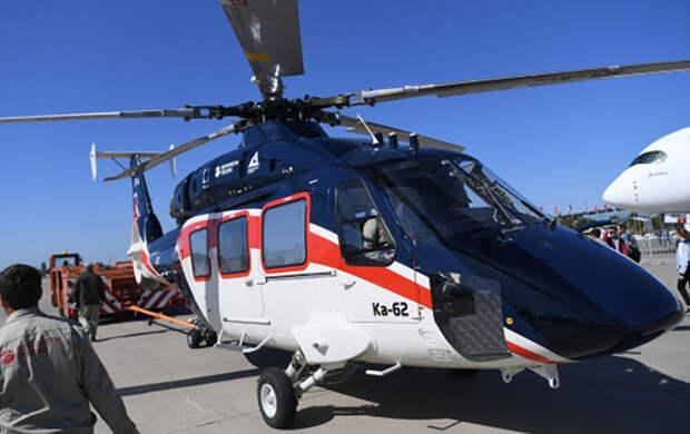 Мнение о том, что Ка-62 останется в Арсеньеве подтверждает другой источник «БИЗНЕС Online». Он указал, что вертолет привезли в Казань потому, что здесь были способны качественно покрасить его для участия в МАКС-2019