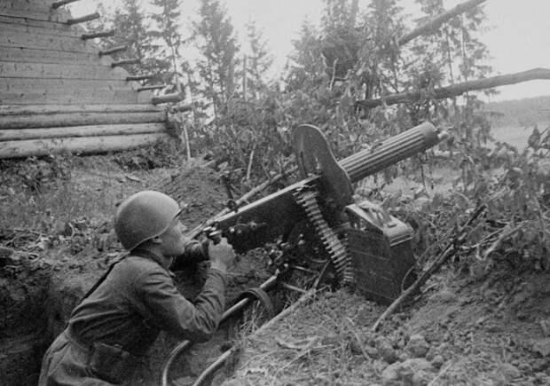 Яков Студенников: пулемётчик, уничтоживший в бою 300 солдат вермахта