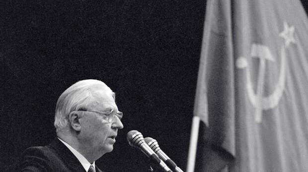 """Жириновский о Егоре Лигачеве: """"Честный коммунист хотел спасти страну"""""""