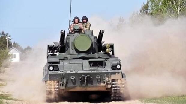 Avia.pro: армия Украины начала массово перебрасывать танки иартиллерию кгранице сроссийским Крымом