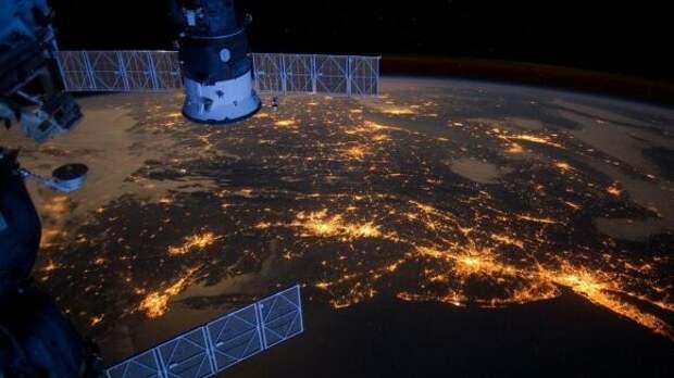 Foreign Policy: Россия и Китай готовят США «космическую ловушку»