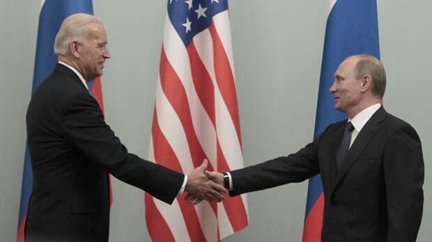 Песков: встреча Путина и Байдена находится в стадии обсуждения