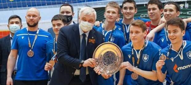 В Коми появятся новые универсальные спортзалы для мини-футбола, волейбола и баскетбола - Владимир Уйба