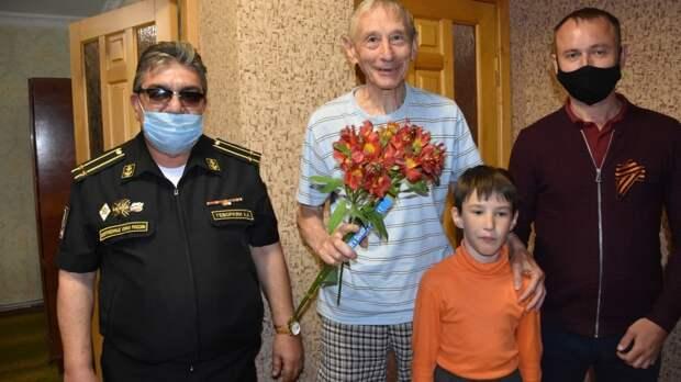 В День Победы поздравили участника Чехословацких событий