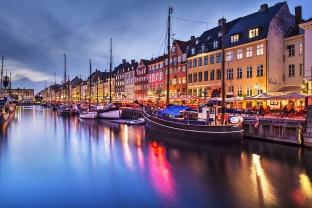 В Дании отменили все карантинные ограничения