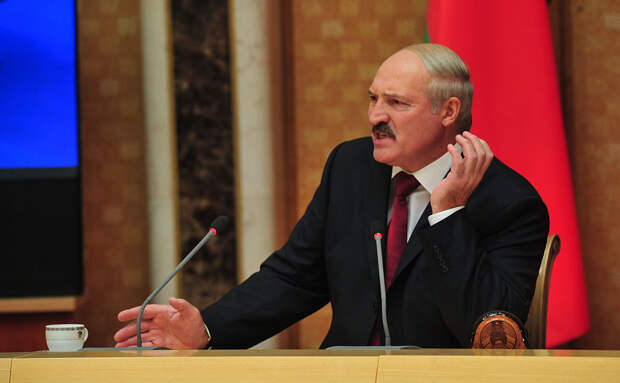 Лукашенко вспомнил любимую риторику