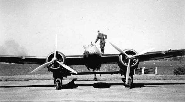 Боевые самолеты. «Летучий голландец»: крейсер, который сбили на взлете