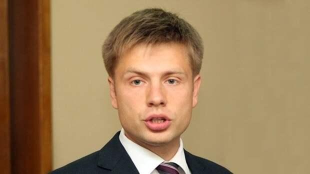 Депутат Рады Гончаренко заявил о краже в поезде Одесса — Ковель