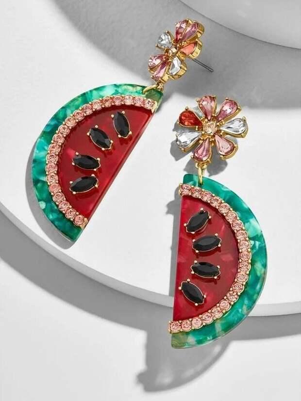 Лето не ждет: 15 классных фруктово-ягодных аксессуаров