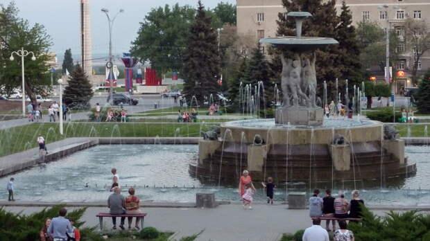 Реставрировать планируют каскадный фонтан наТеатральной площади вРостове