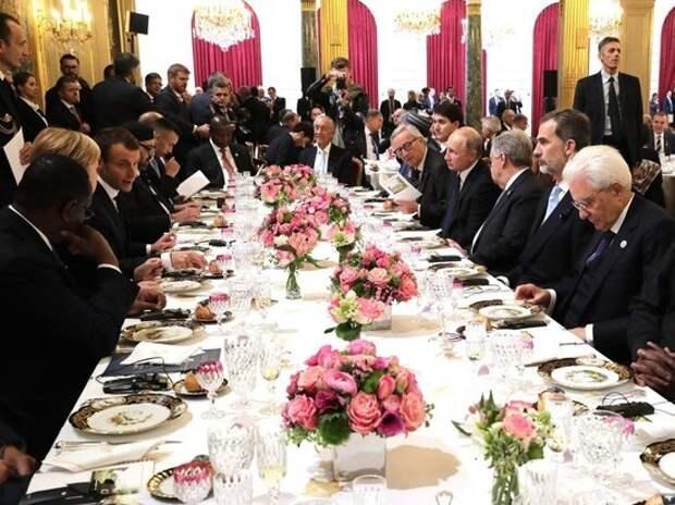В Париже Путин столкнулся с интригами