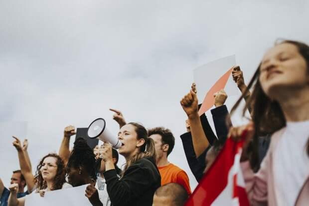 Протестный потенциал в России резко снизился