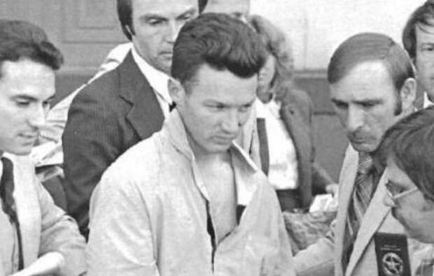 Агент «Сокол»: зачем советский шпион ограбил 17 банков в США