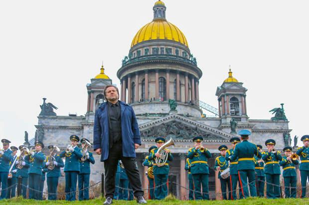МЧС России почтили память ветеранов исполнением песни и стихотворения военных лет