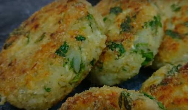 Великолепное блюдо к ужину: капуста с рисом и яйцом
