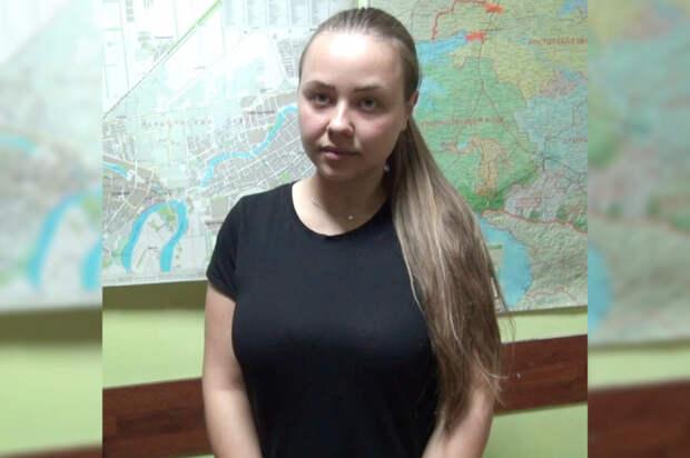 Девушку, которая запрыгнула на патрульную машину ДПС, арестовали