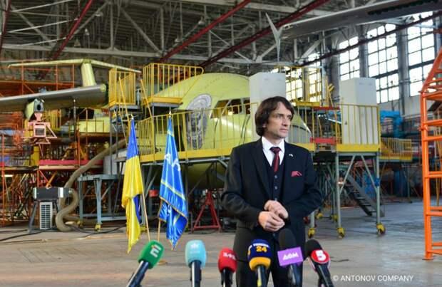 «Антонов» поднял флаг НАТО: США вытеснили Россию из проекта Ан-178
