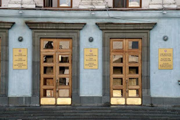 В Крыму уволили замминистра промышленной политики Яна Латышева