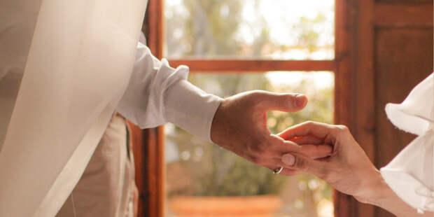 52-летняя Кайли Миноуг впервые выходит замуж