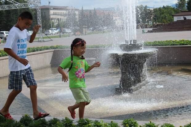 Тува: затерянный мир Города России, Тува