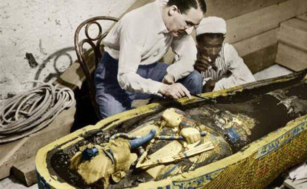 Нож Тутанхамона появился из космоса и сделан из не земного металла