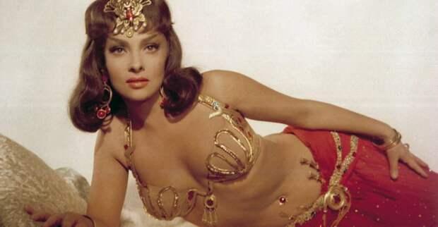 Она не сходила с экранов в 50-ые: 5 лучших ролей Джины Лоллобриджиды