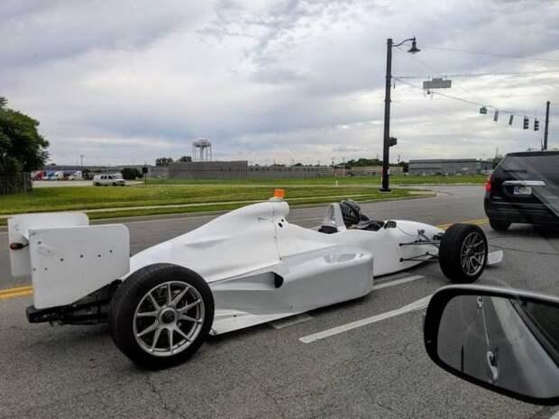 Формула 1 на дороге