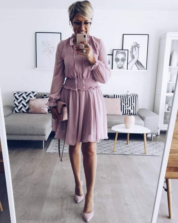 Весенняя свежесть в модных оттенках 2020 для женщин 50