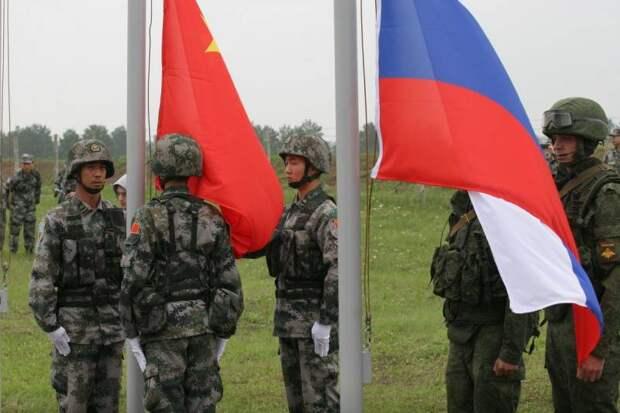 Попросят подвинуться: Китай готов вытеснить Россию с мирового рынка вооружений