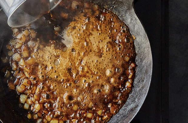 Перетерли бекон с сделали соус-намазку на хлеб вместо масла