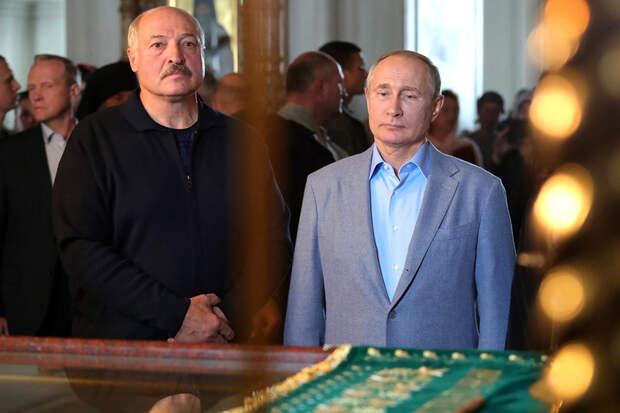 Лукашенко назвал Путина своим другом