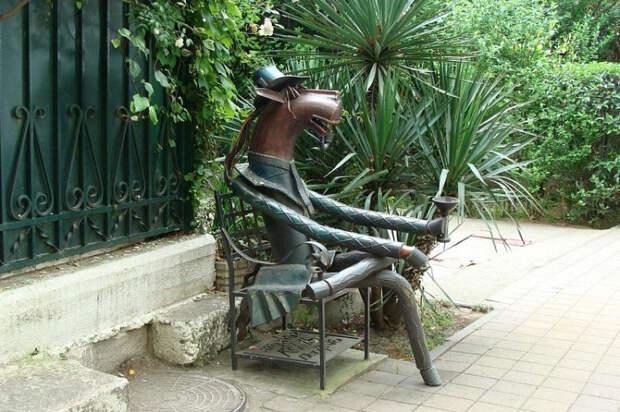 Кубанские памятники попали в топ-100 самых необычных скульптур России