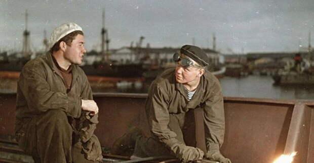 Когда рабочее поколение СССР окончательно уйдёт на пенсию, что будет с производством и страной