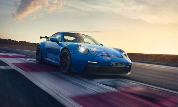 От Lada до Porsche: 12 новых авто России в марте