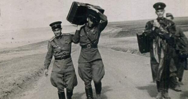 Тревожный чемоданчик: эволюция со времен СССР до нашихдней