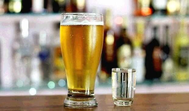 Врач назвала россиянам самые опасные алкогольные коктейли