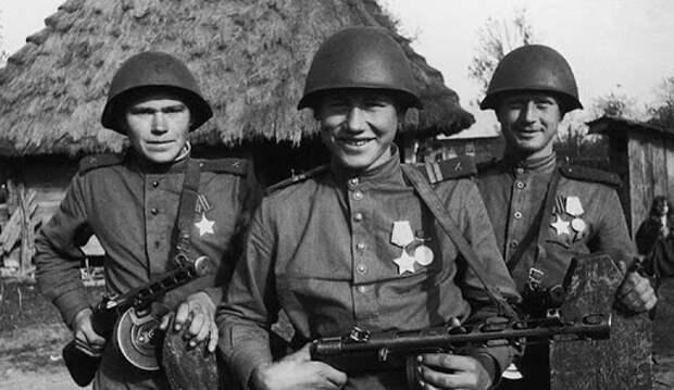 Кого в середине Великой Отечественной перестали призывать на фронт