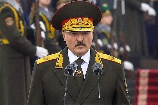 Лукашенко заговорил о российских войсках. В Москве ждут дворцовый переворот