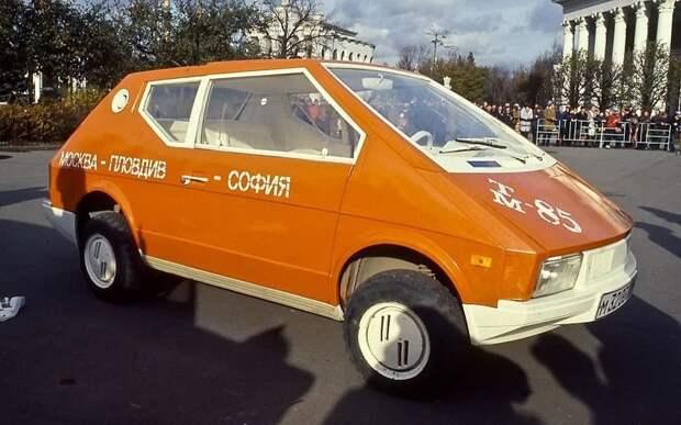 Компактную машинку класса Оки в 1985-м сделал кутаисский архитектор Вахтанг Двалишвили. Изобретатель, авто, автодизайн, автомобили, самоделка, самодельный авто, своими руками