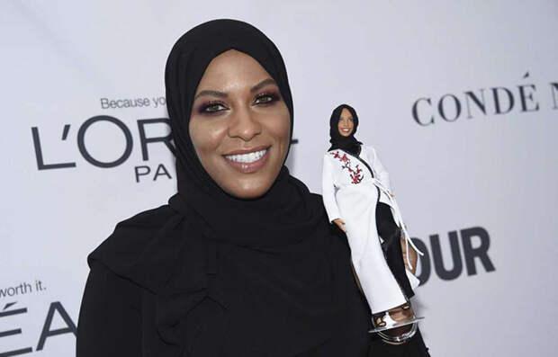 Новая кукла Барби предстала перед публикой в хиджабе
