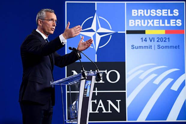 В НАТО заявили о первостепенном значении отношений с Россией