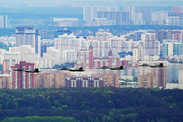 ВКС РФ в этом году получат на вооружение четыре новых истребителя Су-57