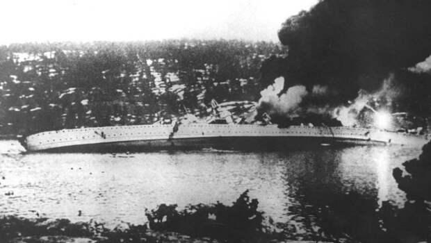 http://upload.wikimedia.org/wikipedia/commons/d/df/German_cruiser_Bl%C3%BCcher_sinking.jpg?uselang=ru