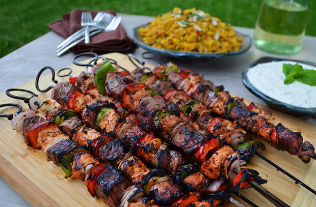 Мясо с огня: 15 способов готовить вкуснее шашлыка