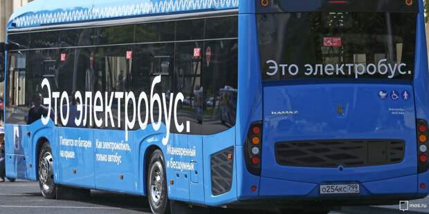 Три автобуса изменят маршрут в Щукине из-за ночной репетиции парада