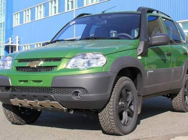 Появилась спецсерия Chevrolet Niva в цвете «Тундра»