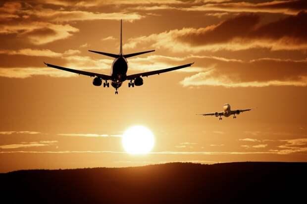 Летевший из Туниса самолет совершил экстренную посадку в Шереметьево