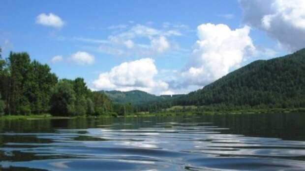 Алтайский край вошёл в топ-3 регионов для отдыха в палатках
