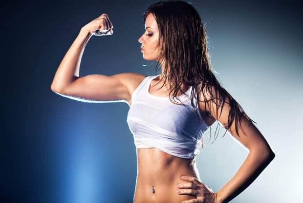 Какие упражнения для похудения рук без гантелей для женщин нужно делать?