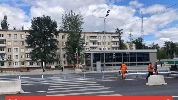Пешеходный переход у станции метро «Народное Ополчение» восстановят
